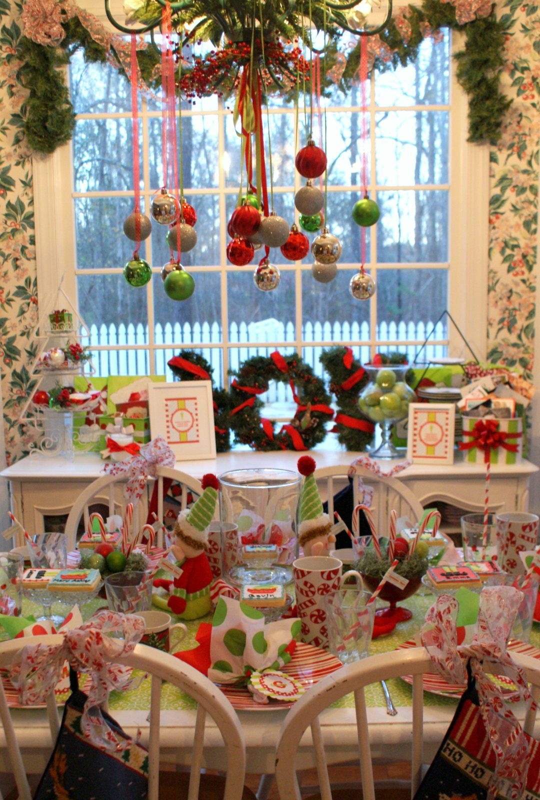 A little loveliness elf movie christmas party for Christmas party decoration ideas