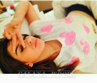 Hansika Motwani Selfie In Bed | Cuteness Overloaded | Images