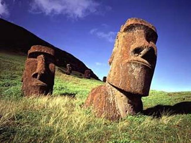 Húsvét szigeti szobrok