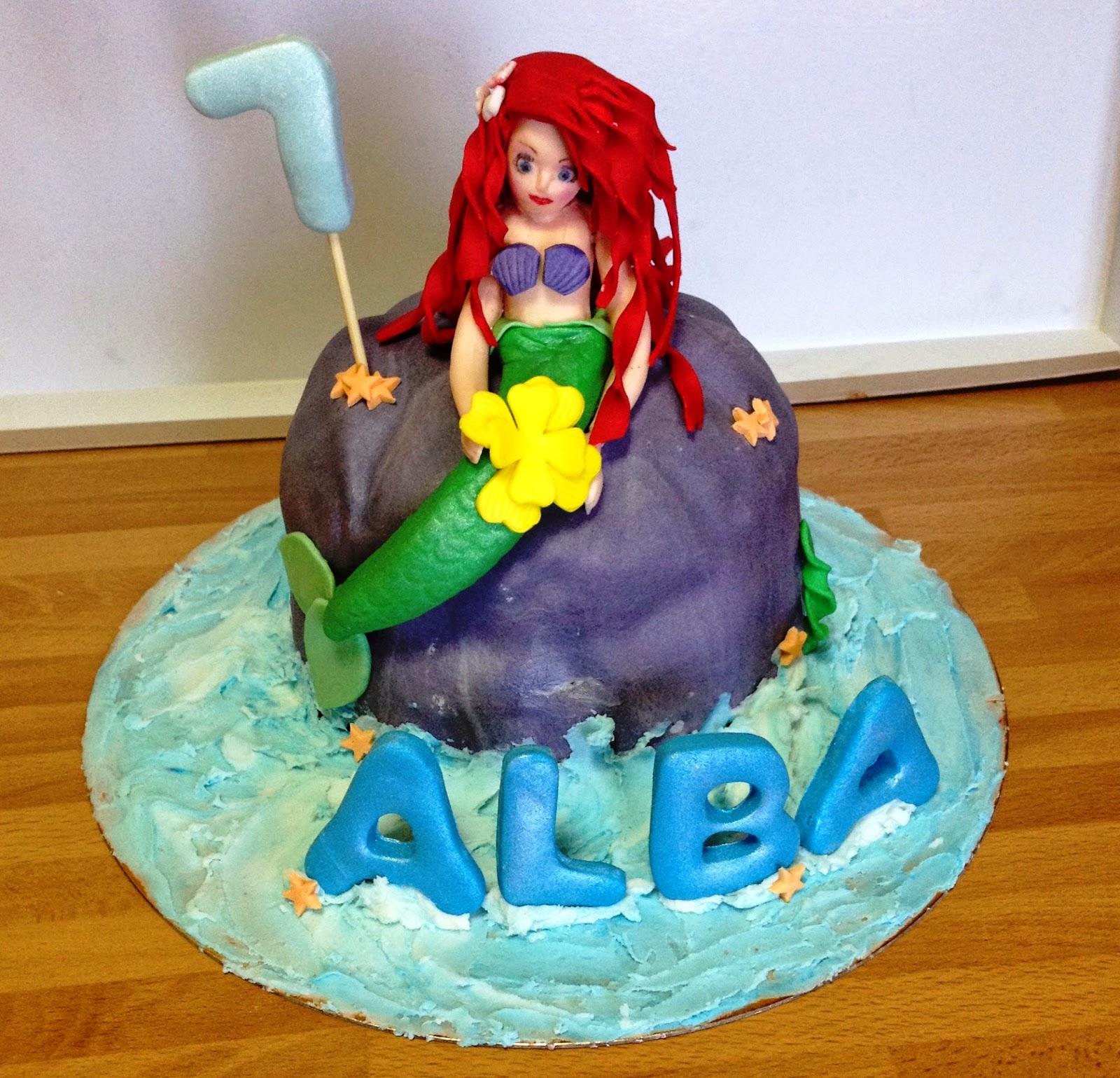 tarta la sirenita; la sirenita fondant; sirenita 3D; tarta decorada sirena; la sirenita; sirena; tarta fondant la sirenita