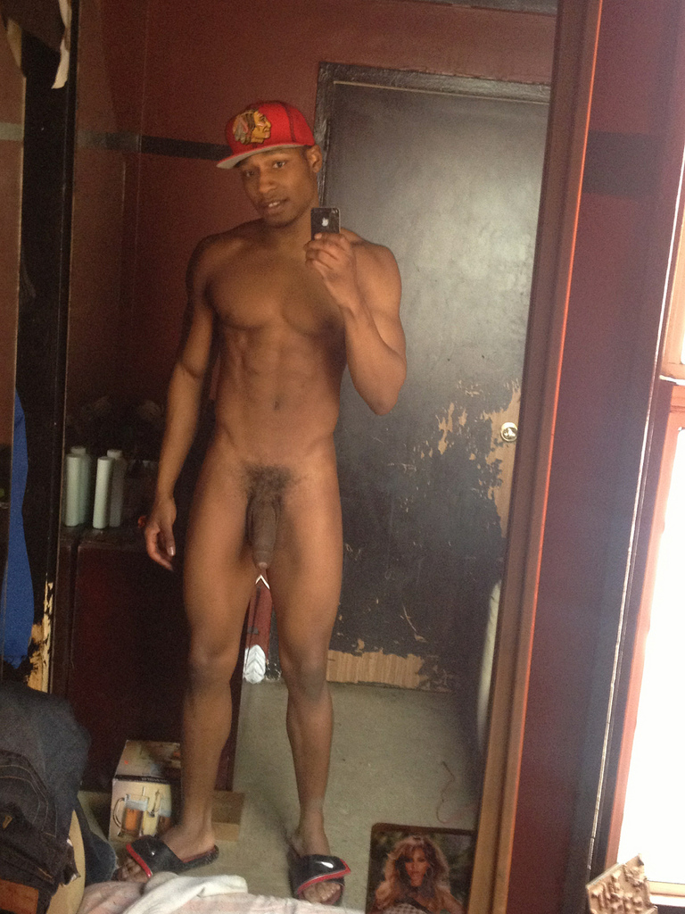 adam desnudo black men