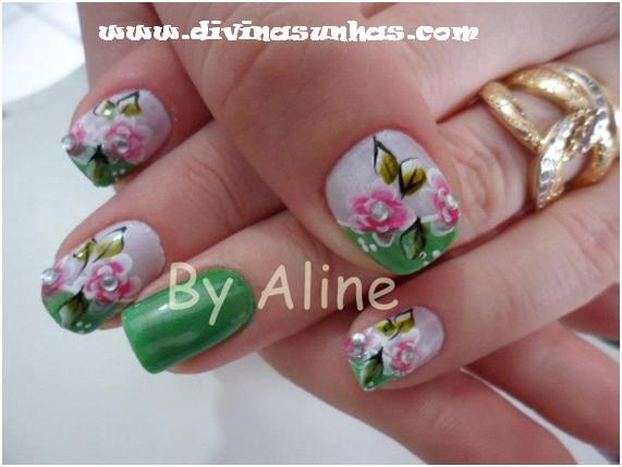 Fotos De Unhas Decoradas Flores E Brilhos