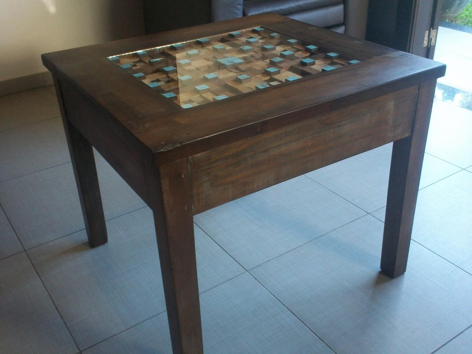 Recicleart mesa de centro com mosaico de madeira for Mesas de mosaico