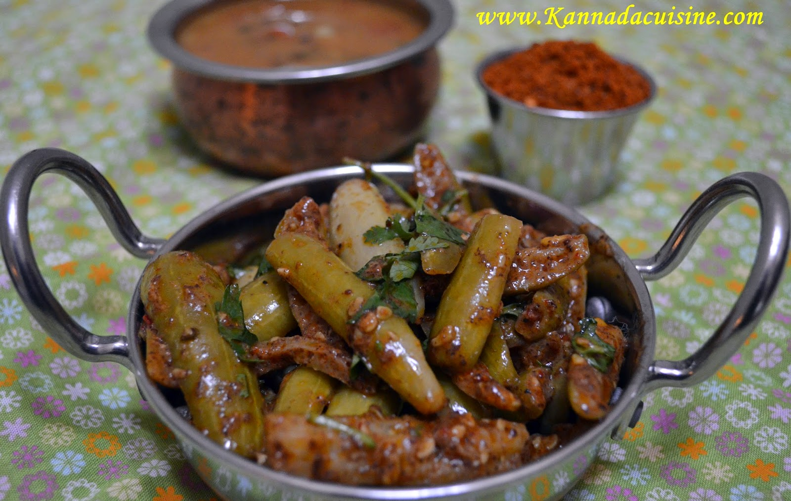 Kannada cuisine tondekayi flaxseeds fry this tondekayi fry turned out to be quite nice and i did not have to sell the idea of eating healthful food to honey the health benefits of flax seeds forumfinder Images