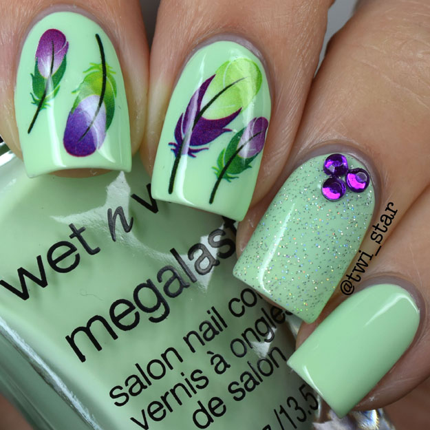 Wet N Wild California Dreaming Green Tease polish swatch