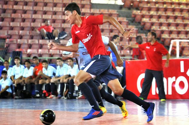 Se juegan los Octavos de Final del Intercolegial de Futsal Masculino