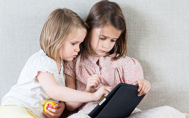 kids using smartphones may become autistic