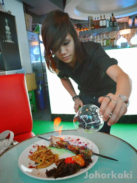 Rasputin-Russian-Restaurant-Clarke-Quay-Singapore