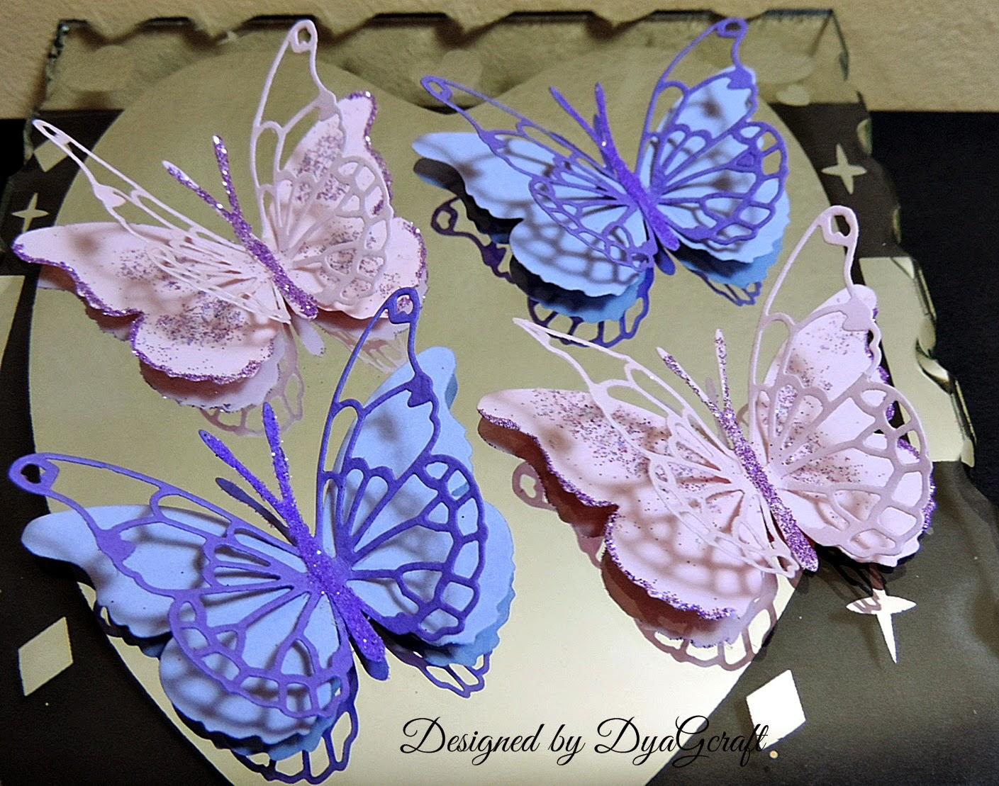 Fluturi roz si lila din hartie lucrati manual