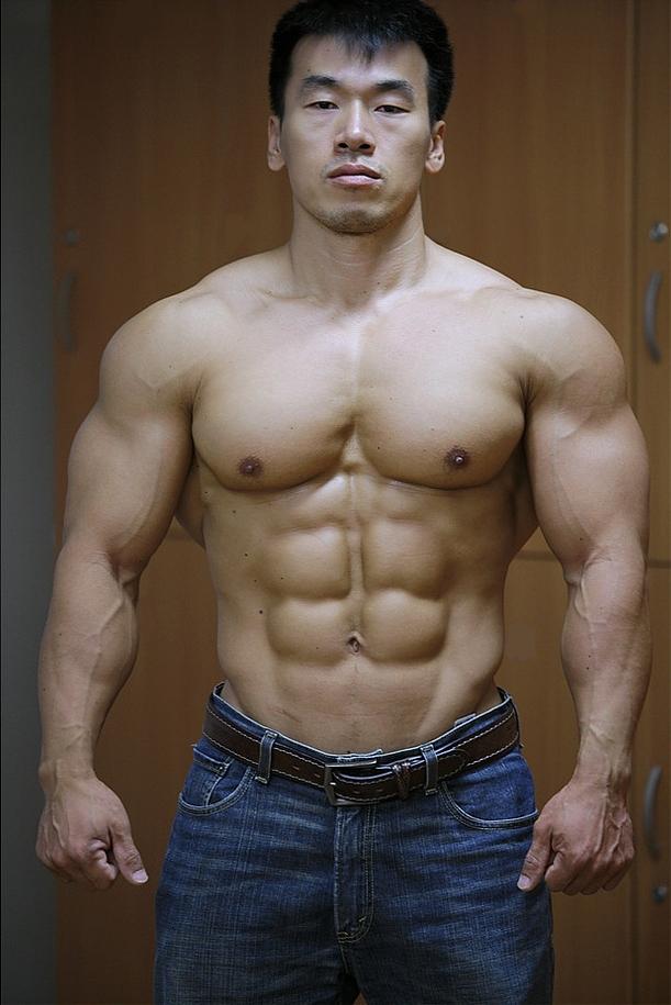 Worldwide Bodybuilders: Korean bodybuilder Oh Kyung Mo