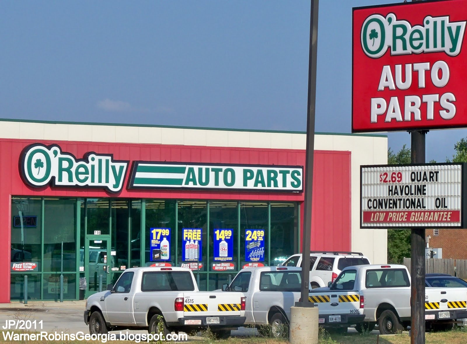 It's getting harder to save on oil changes, but if you like to do it the old fashioned way, you can get everything you need for $ after rebate at O'Reilly Auto Parts right now.