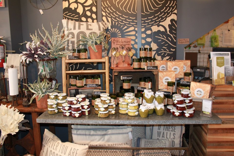 Decorella shop local small business saturday for Local home decor stores