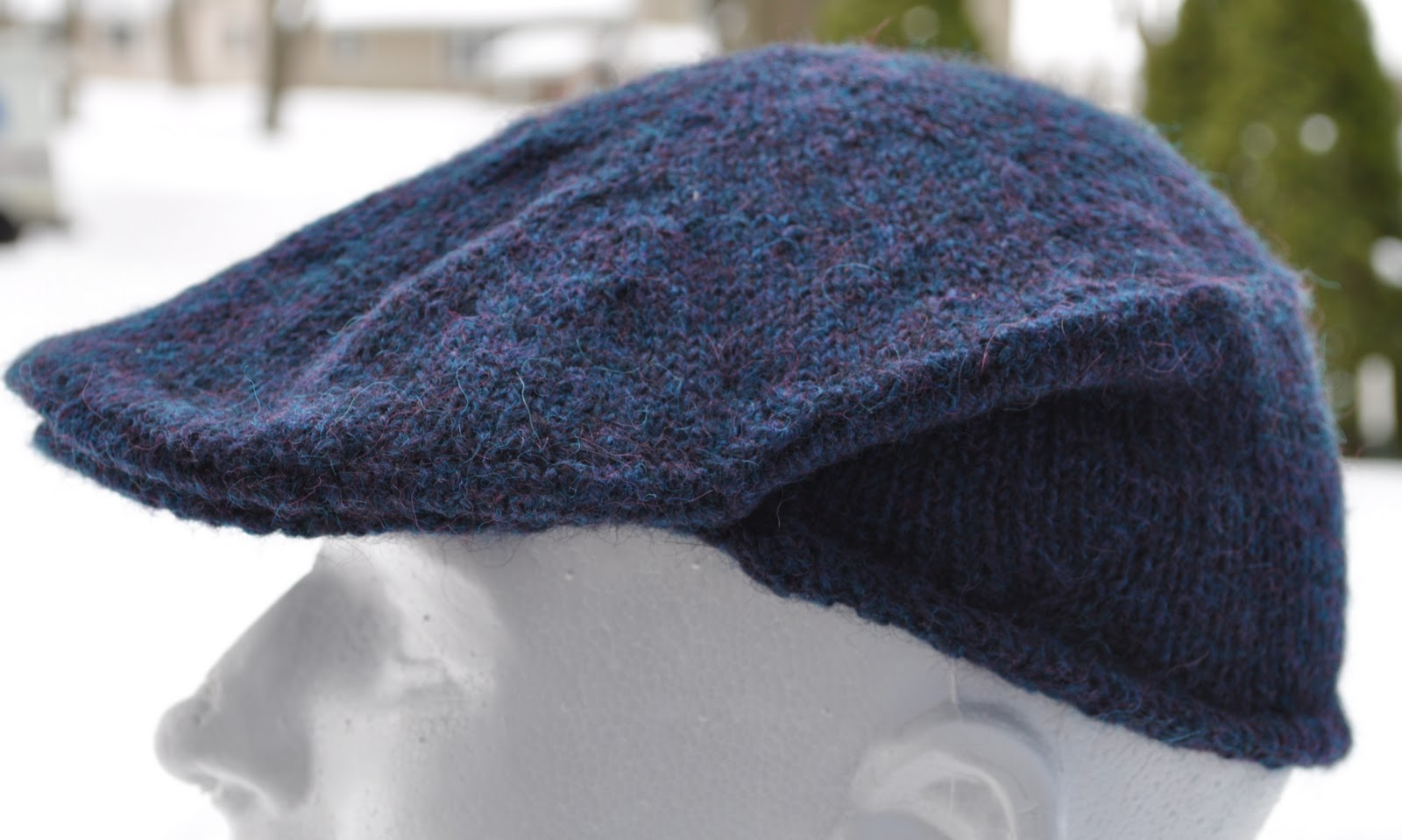 how to close in a hat taht you knitted