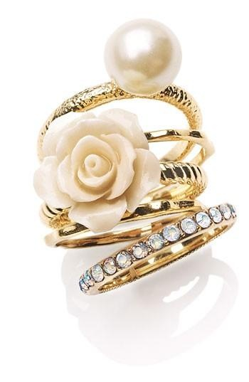 Stunning Flower & Faux Pearl Stack Rings