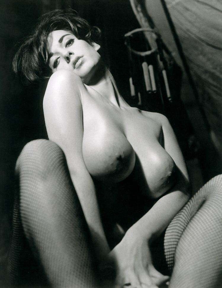 Vintage black ebony big tits-naked photo