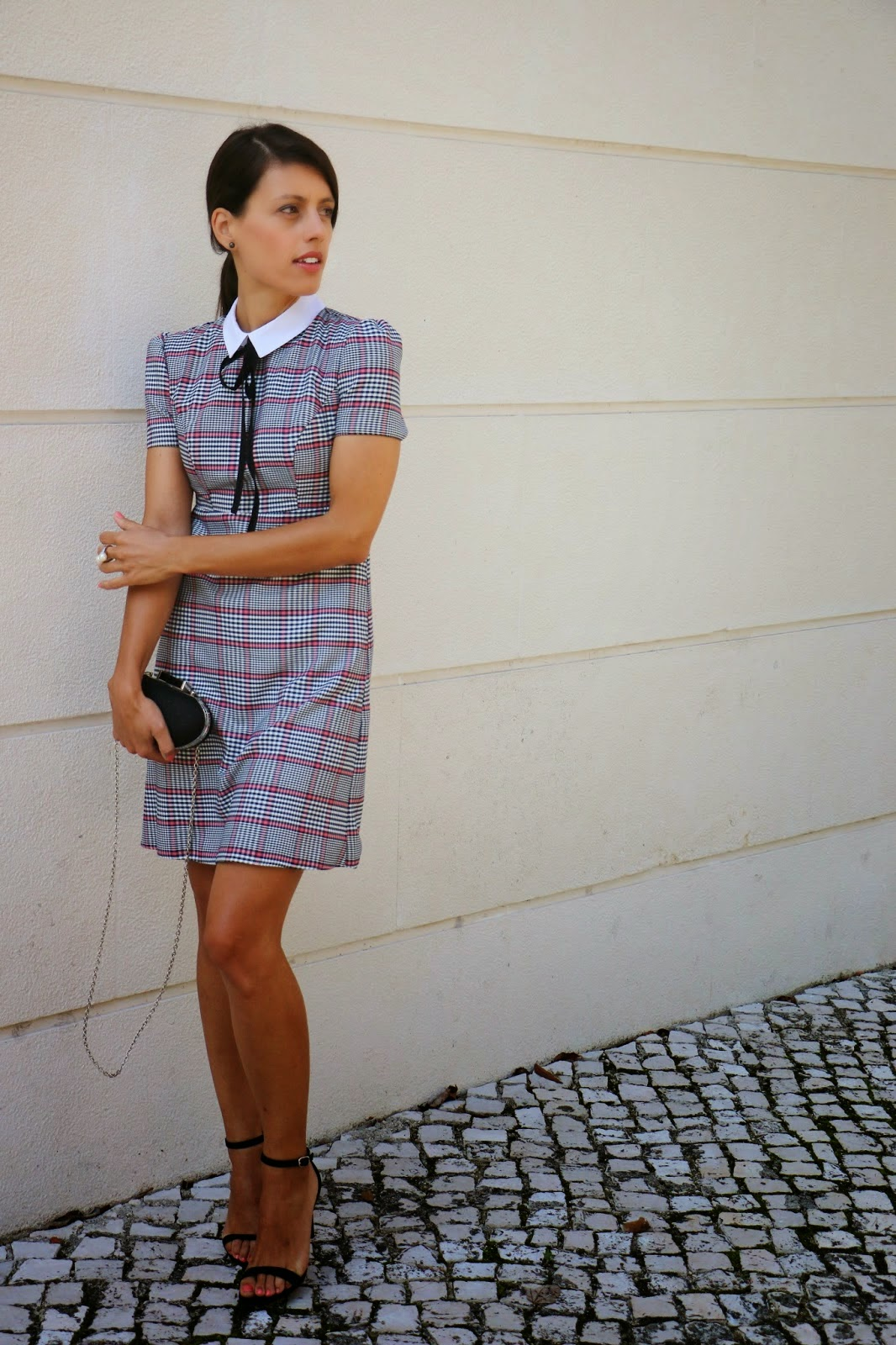http://ilovefitametrica.blogspot.pt/2014/10/my-lovely-dress.html