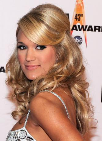 prom hairstyles 2011 for long hair half up. prom hairstyles 2011 for long