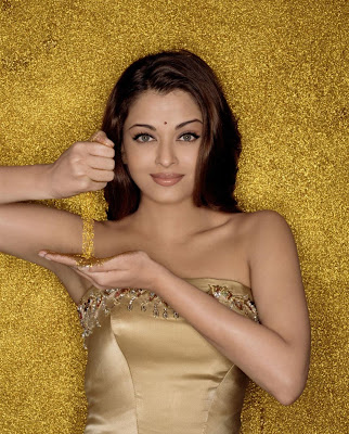 Aishwarya rai in golden dress