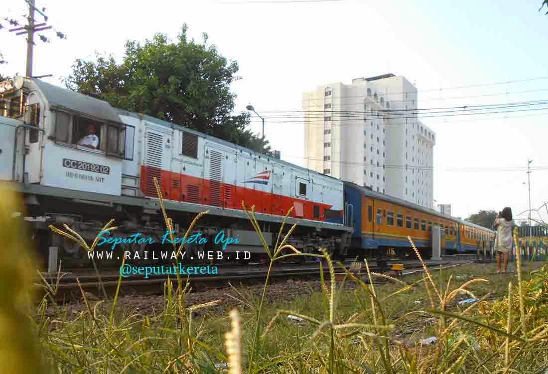 lokomotif cc201 92 02
