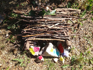 sticks, stones, fairy house, outdoor crafts