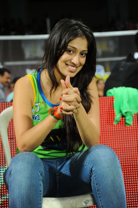 lakshmi rai at ccl match, lakshmi rai latest photos