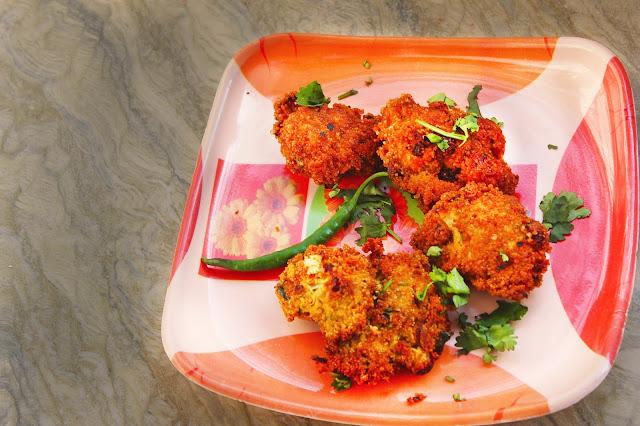 bengali style fig eggs fritters recipe and method / fish egg pakora recipe