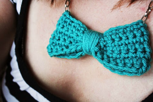 collier-noeud-papillon-crochet-diy-tuto-gratuit