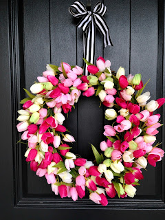 beautiful diy tulip spring wreath