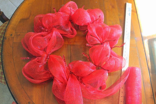 one color deco mesh wreath