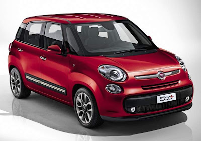 2012 Fiat 500L Mini Car Front View