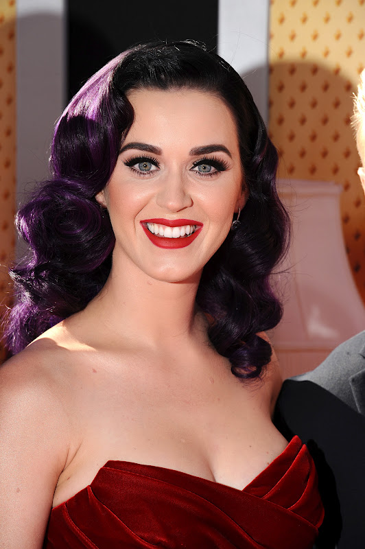 Katy Perry - Spectacular At Part Of Me Premiere | fake