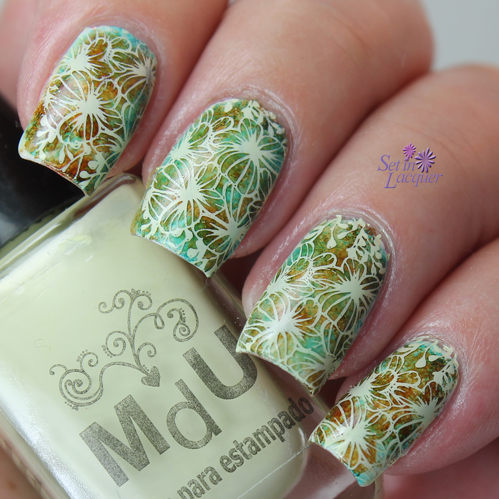 Stamped nail art using Mundo De Unas stamping polish, BundleMonster XL07 and alcohol inks for the base.