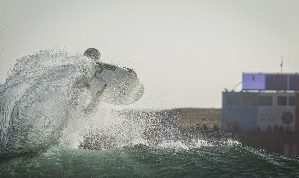 Quiksilver Pro France 2014 Brett Simpson Foto ASP