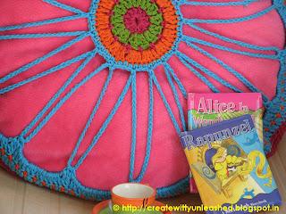 Crochet hexagon cushion cover6