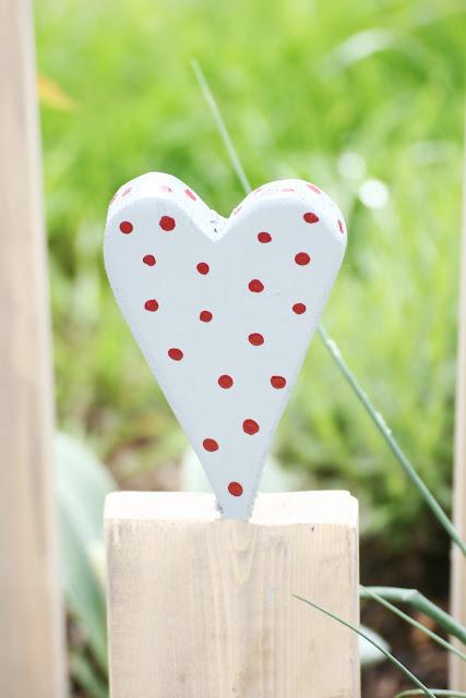 Gartendeko mit Herz, DIY