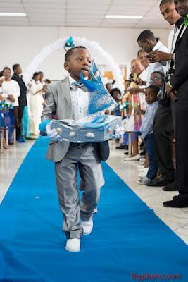 bateau porté par enfant mariage Guadeloupe