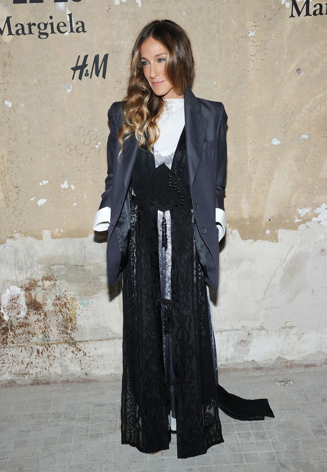 http://1.bp.blogspot.com/-FTB7d5mK55E/UIuBkUE3FwI/AAAAAAAASS4/vB7XM_ZCsoo/s1600/MMM+with+HM_Sarah+Jessica+Parker_wearing+MMM+with+HM.JPG