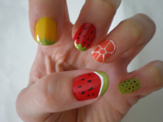 nail art: fruity nails