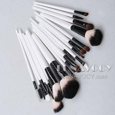 Makeup Brushes Brand on Professional Makeup Brush Set 20pcs   Lunavocy Beauty Blogshop