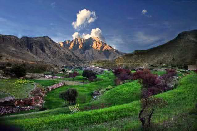 HD WallPapers: Tourist Places Of Pakistan HD WallPapers
