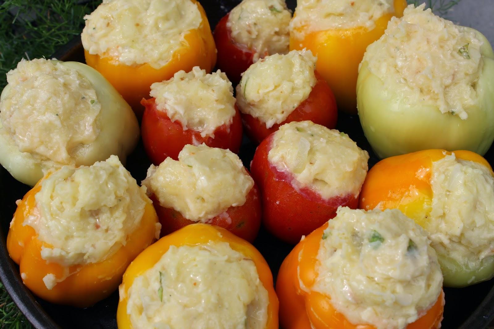 Punjene paprike i paradajz