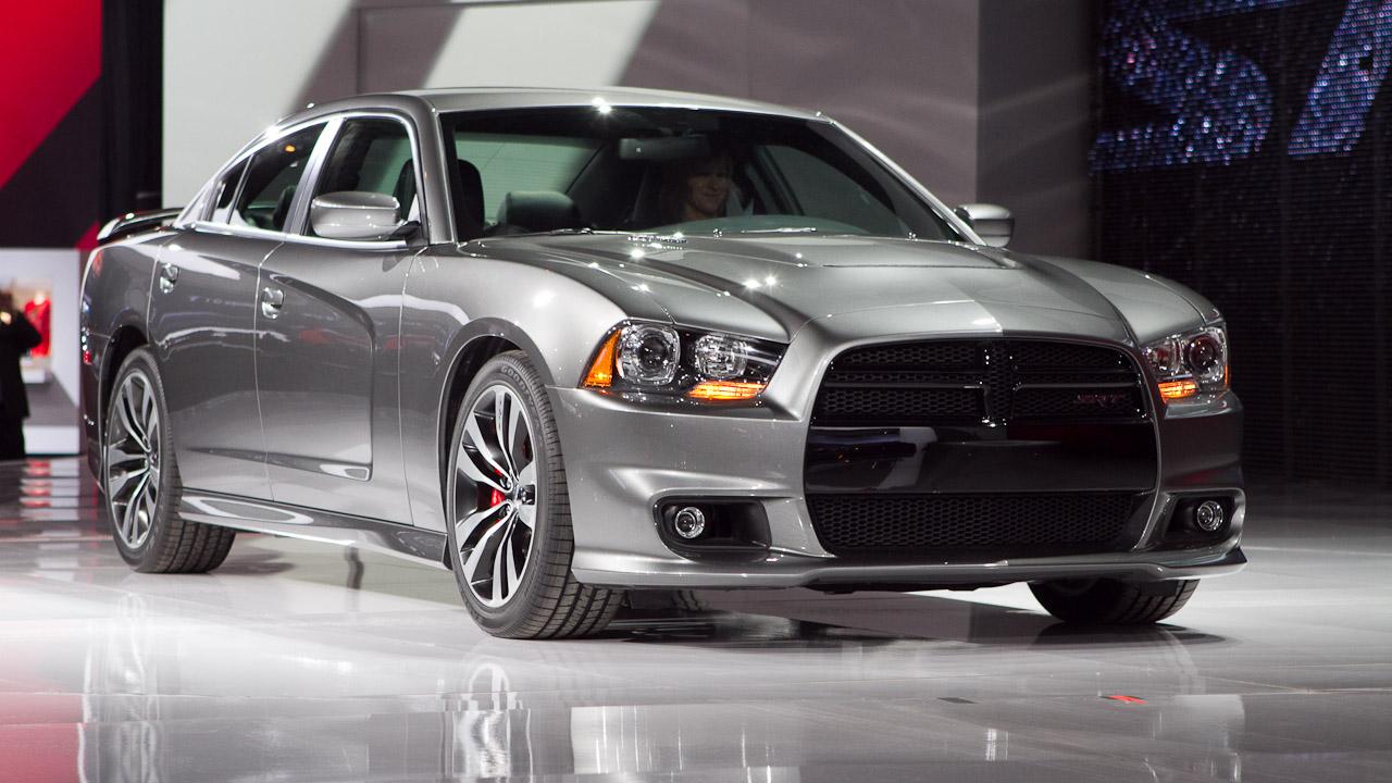 Latest Cars  2012 Dodge Charger Srt8   Latest Car Reviews