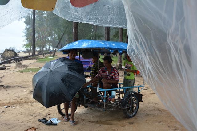 Nai Yang Beach rain