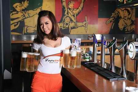 Vuvuzela - Thưởng thức bia tươi theo phong cách Bar, nhà hàng hà nội, diem an uong 365