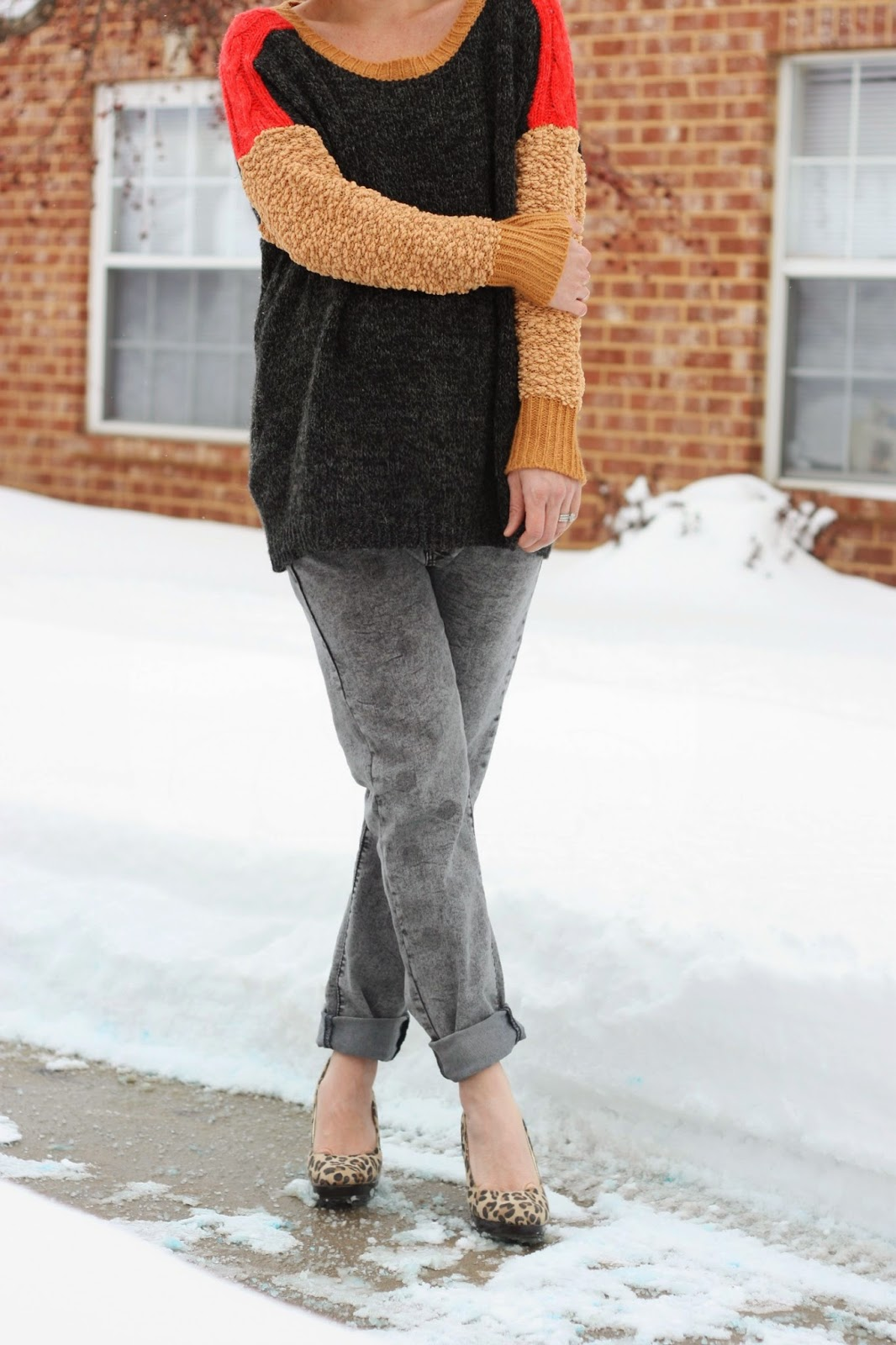 Boyfriend Jeans and BIG Sweaters. - The Pretty Life Girls