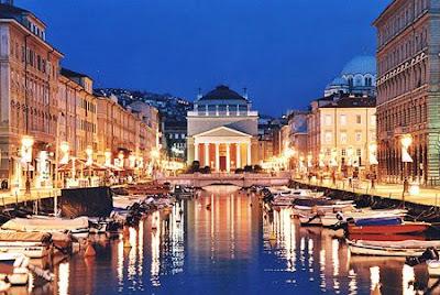 5 Kota Paling Romantis Di Italia [ www.BlogApaAja.com ]