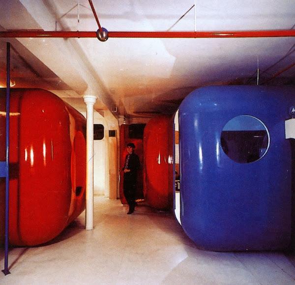 """Paris - Boutiques, Bureaux """"Coquilles"""" Jean Cacharel  Architecte, Décorateur: Gerard Grandval  Création: 1968  Photos:   Architecture d'Aujourd'hui - Octobre, Novembre 1968  Créé - Janvier, Février 1972"""