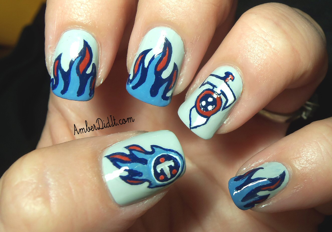 Amber did it!: NFL Nail Art Series #7 ~ Tennessee Titans