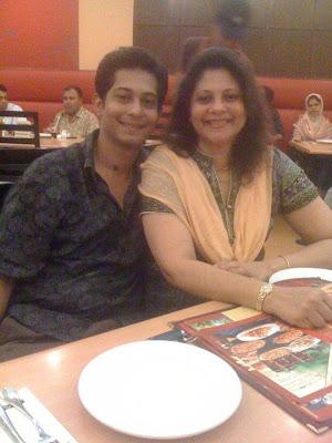 In Kolkata Dating