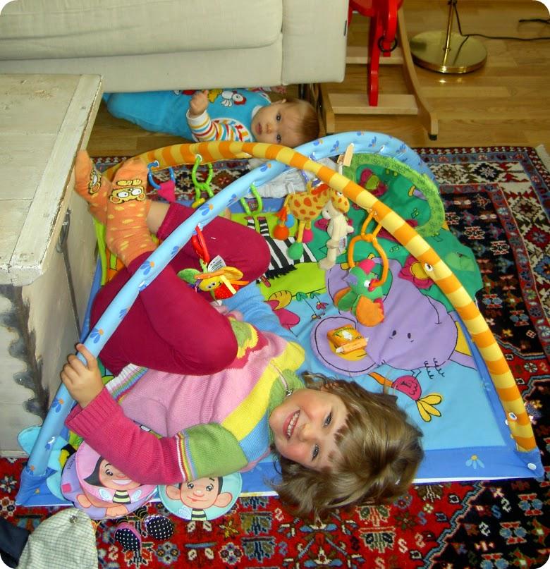 Hessu ja Hipu vuonna 2007, 0 ja 3-vuotiaina